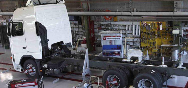 Кому доверить ремонт грузового автомобиля
